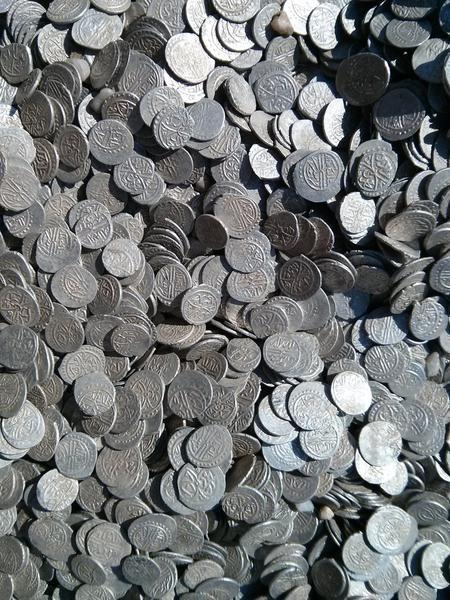 tezaur monede otomane comoara valcea golesti detector metale monedele TRRHAIHUI.jpg